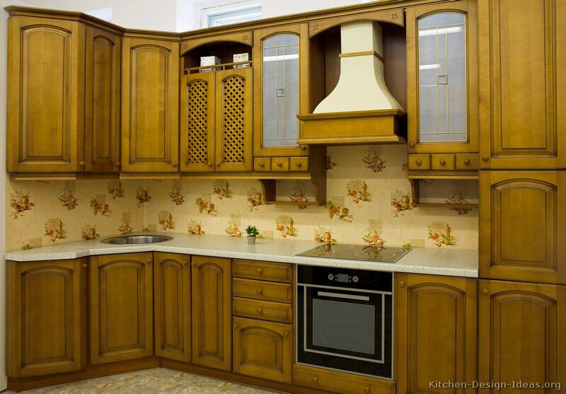 China Kitchen Furniture Solid Wood Olive Color Kitchen