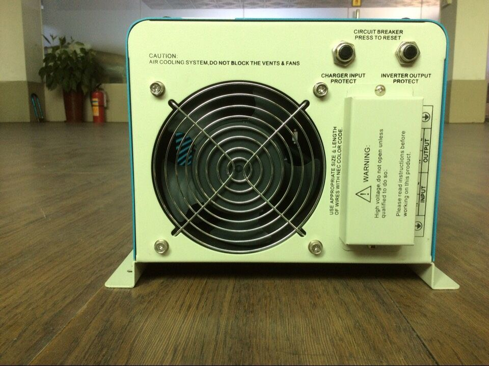 1kw to 6kw Sine Wave off Grid Inverter for Solar Power System pictures & photos