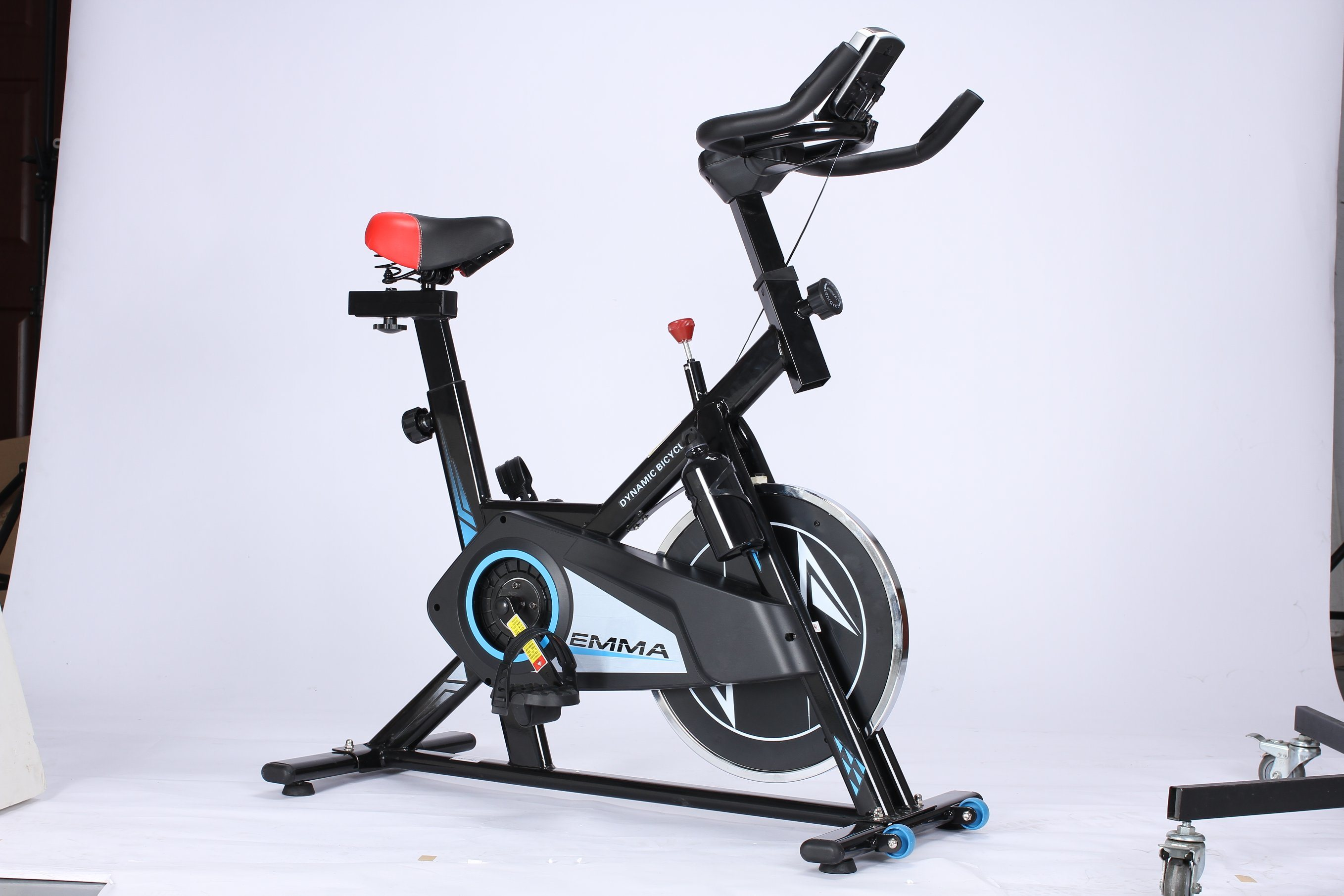 e3137da2ef9 China indoor fitness cycle bike exercise bike with computer monitor jpg  2716x1811 Exercise bike with computer
