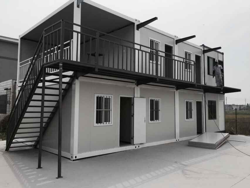 China 20ft 40ft Shipping Container Made X Folding House