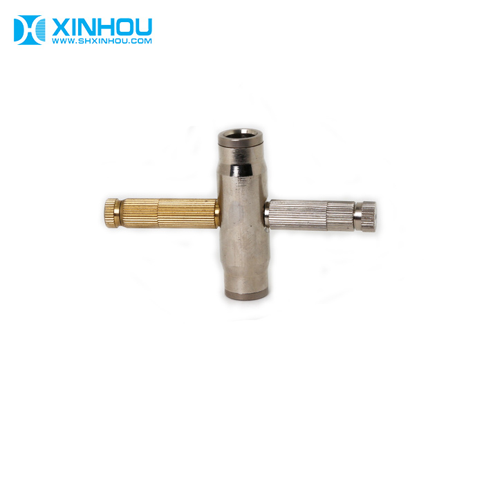 [Hot Item] Greenhouse Outdoor Cooling System Water Brass Fog Misting Nozzle