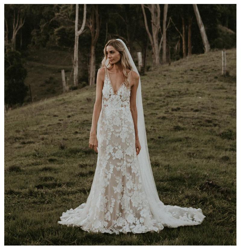 China Beach Flowers Bridal Dress V Neckline Lace Boho Wedding Dresses 2020 Z2056 China Wedding Dresses And Bridal Dress Price