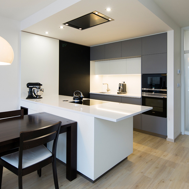 China Small Apartment Compact Prefab Modern Japanese Kitchen Cabinet