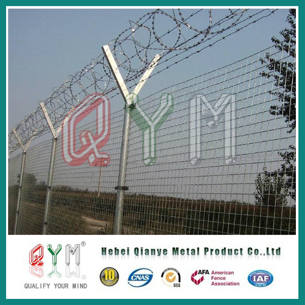China High Quality Airport Fence /Chain Link Fence Top Barbed Wire ...