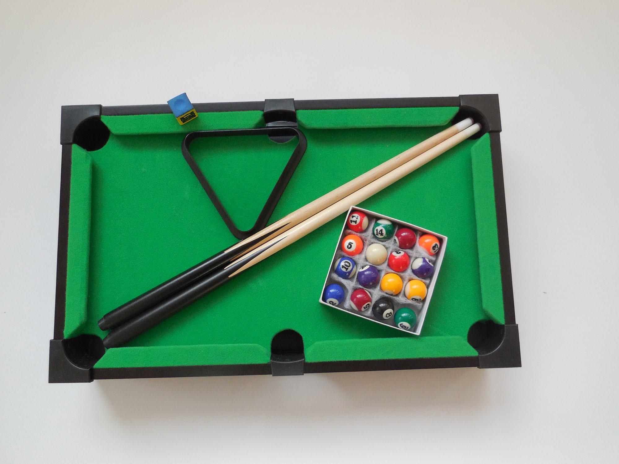 China Mini Tabletop Pool Table Wood Billiards Set W/ Accessories (LL ...