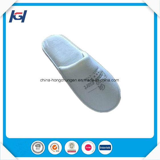 Cheap Wholesale Disposable Hotel Bathroom Slippers pictures & photos