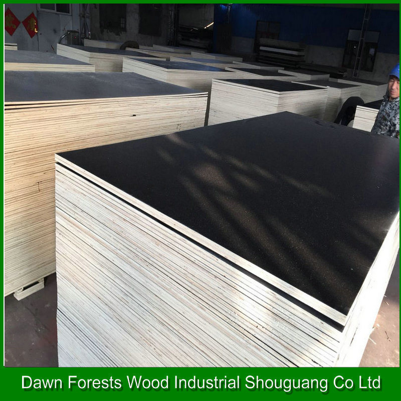 Poplar Core Film Faced Plywood Used in Construction pictures & photos
