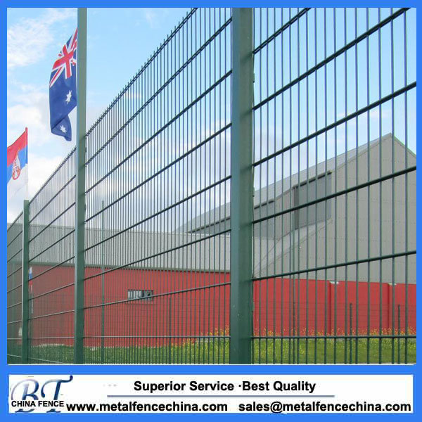 China High Quality Galvanised and Powder Coated Double Wire Mesh ...