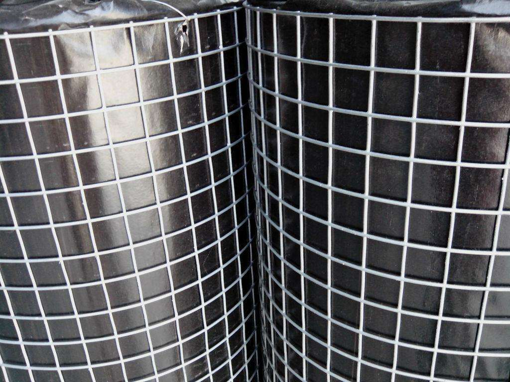 Welded Wire Mesh/Security Fence/Galvanized Welded Mesh pictures & photos