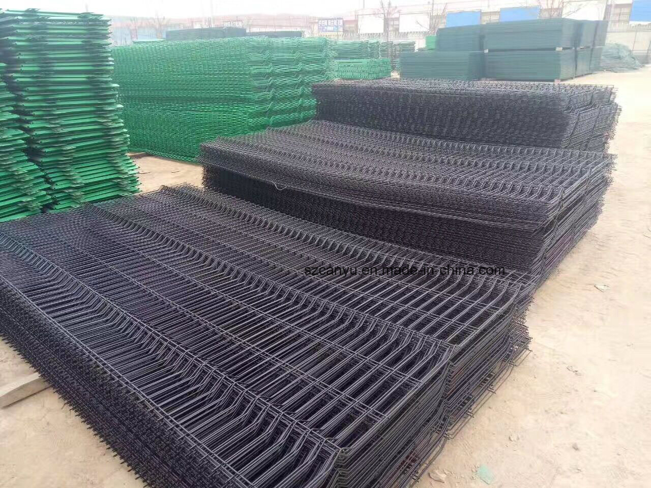 China electric Galvanized Welded Wire Mesh Fence / Factory Price ...