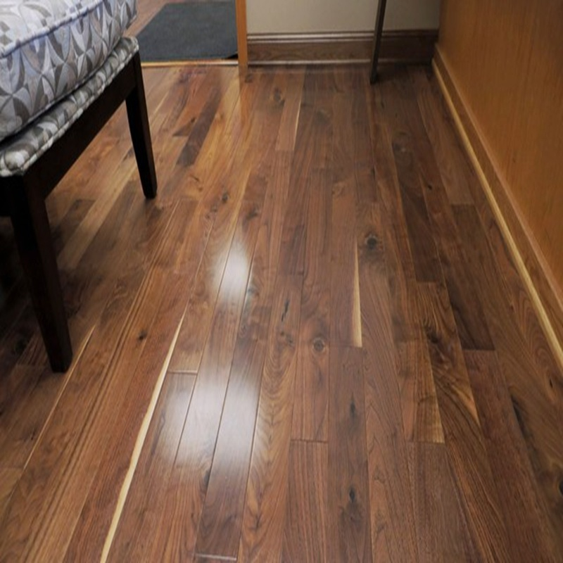 Hot Item Engineered American Walnut Wood Flooring With Compeive Price