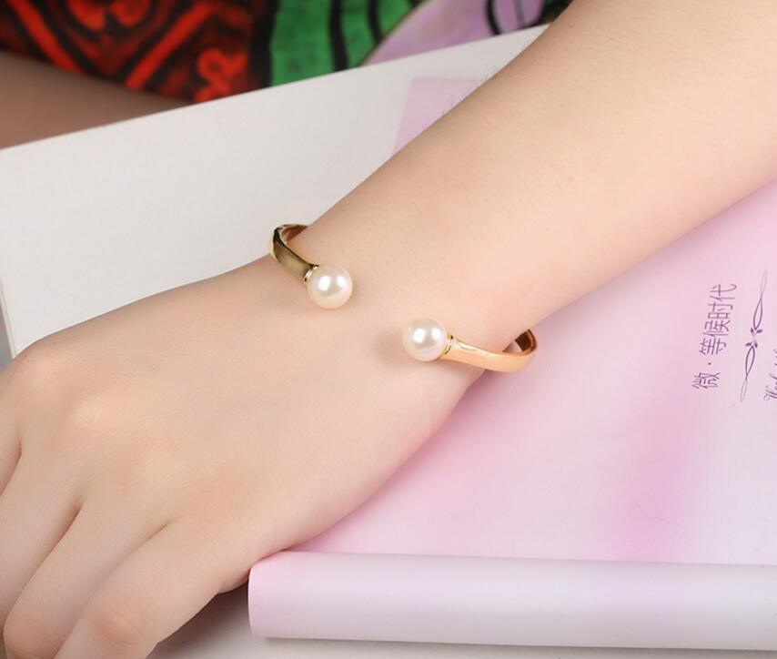 Fashion Women Stainless Steel Pearl Jewelry Bracelet Cuff Bangle pictures & photos