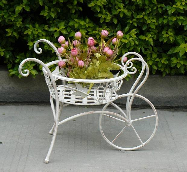 China 2017 Vintage Antique White Bicycle Wrought Iron Garden Items