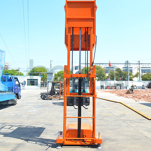 2.7m Mobile Aerial Stock Picker (Double Masts) pictures & photos