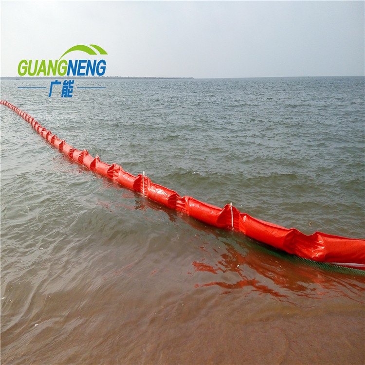 [Hot Item] Water Filling Soild Float PVC and Rubber Oil Boom