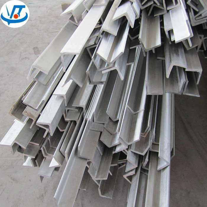 304 304L Stainless Steel Angle Iron Price List for 20X20X3mm-250X250X35mm pictures & photos