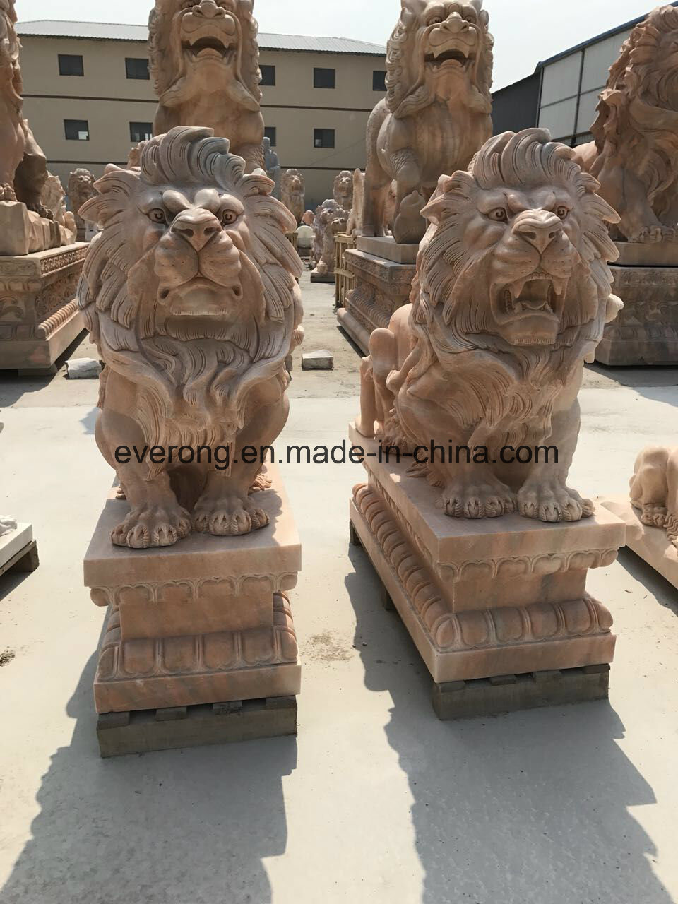 China handmade natural stone african wiildlife sculpture granite