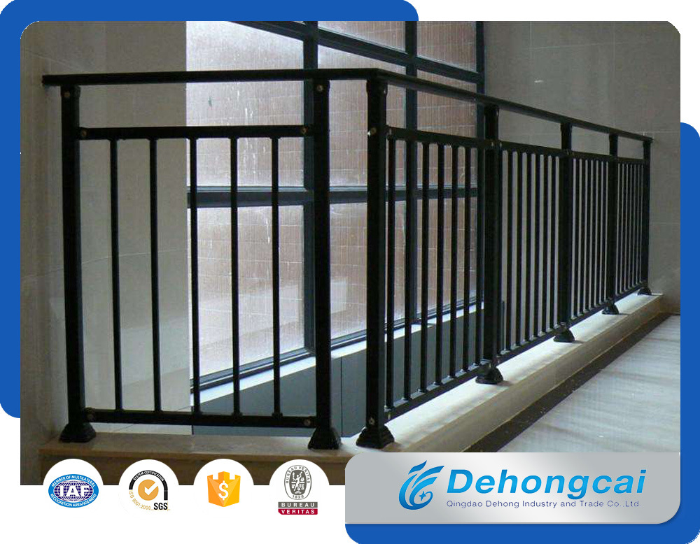 Ornamental / Commertial / Residential Steel Wrought Iron Balcony Fences pictures & photos