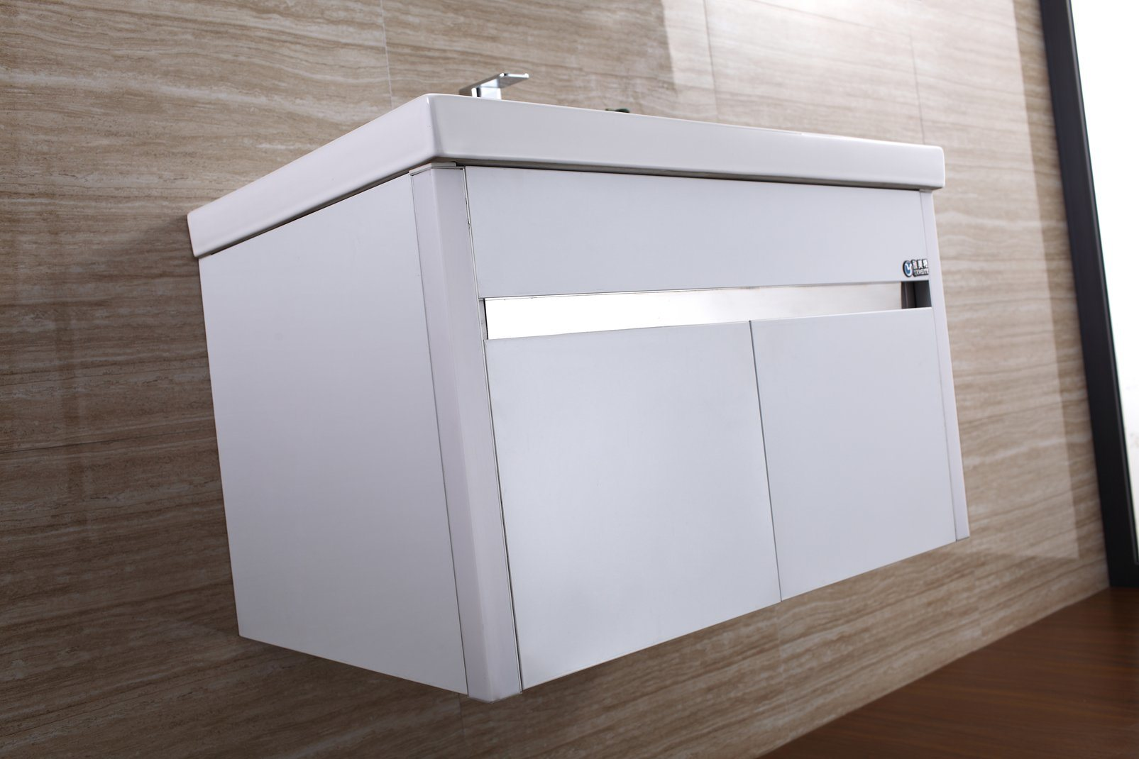 Premium Quality and Fair Price Foshan Bathroom Mirror Cabinet with LED pictures & photos