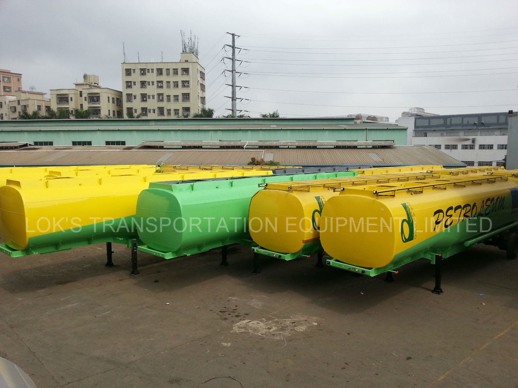 Aluminium Alloy Fuel / Petrol / Gasoline / Oil / LPG Tanker for Storage pictures & photos