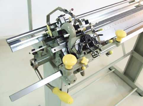 China Factory Price Hand Flat Bed Sweater Knitting Machine For Home