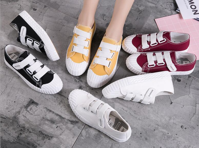 Latest Fashion Canvas Casual Sneakers
