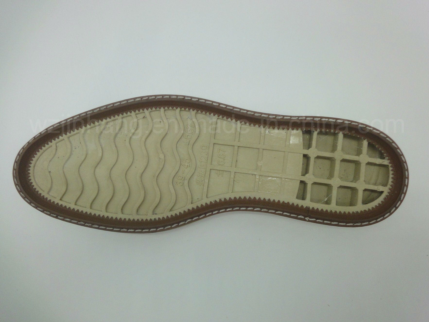 China Hot Sale Men Leather Shoes by TPR