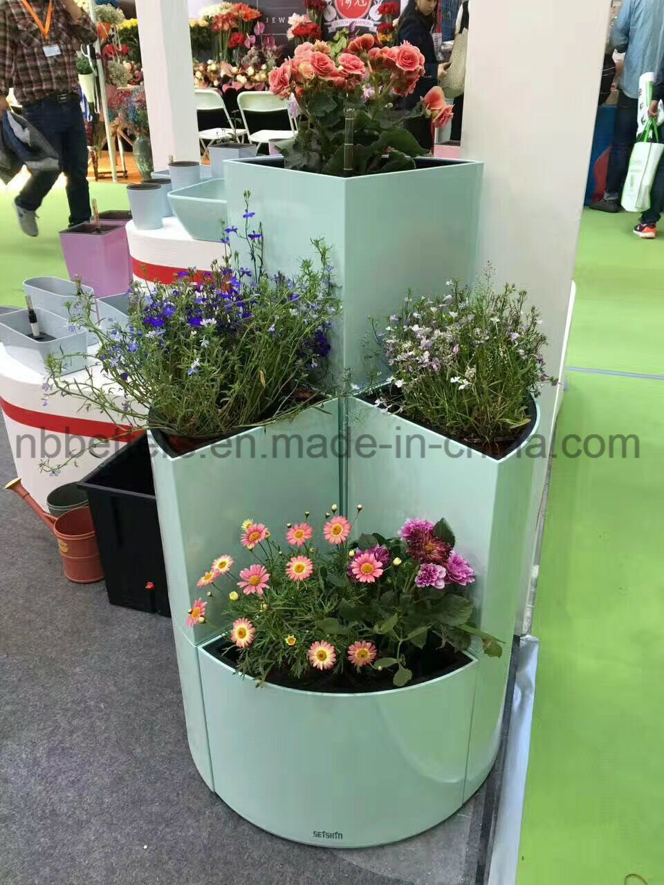 Self Watering Garden Flower Pot Stands