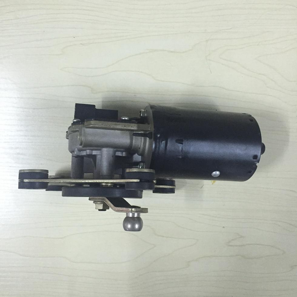CE Approved Wiper Motor for Nissan (LC-ZD1046)