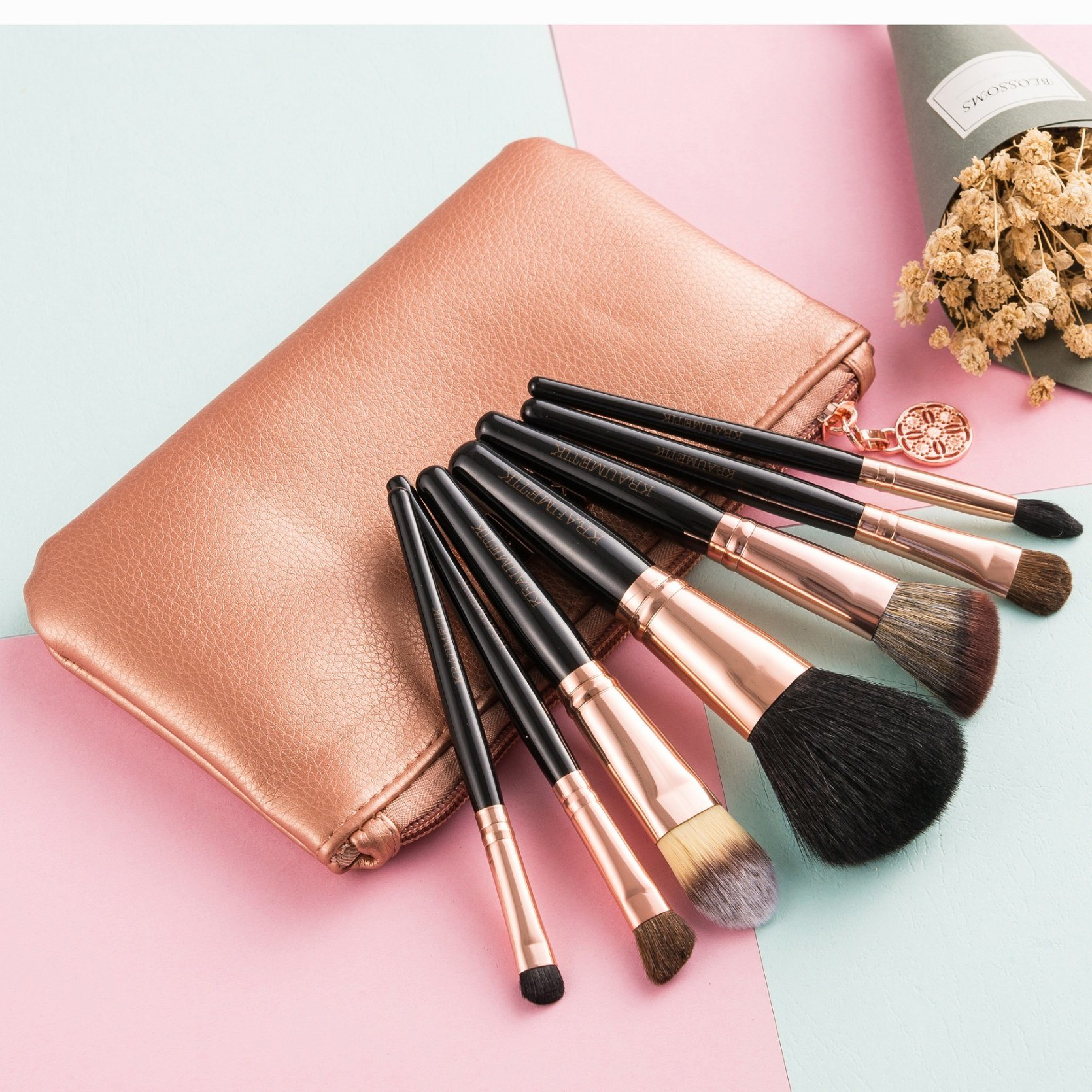 China Cosmetic Makeup Brush Manufacturers 36 Pcs Professional Facial Wood Make Up Brushes Tools Kit Set With Black Leather Case Suppliers