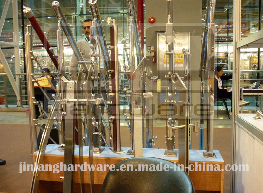 Glass Balustrade with Wood Handrail/Handrail Balustrade