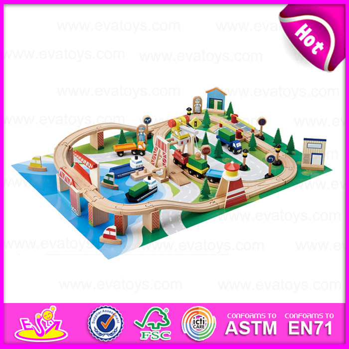 2015 Kids Favorite Wooden Toy Train, Children′s Games Wooden Train Toy Wholesale, Wooden Educational Toys 70/S Train Set W04D015