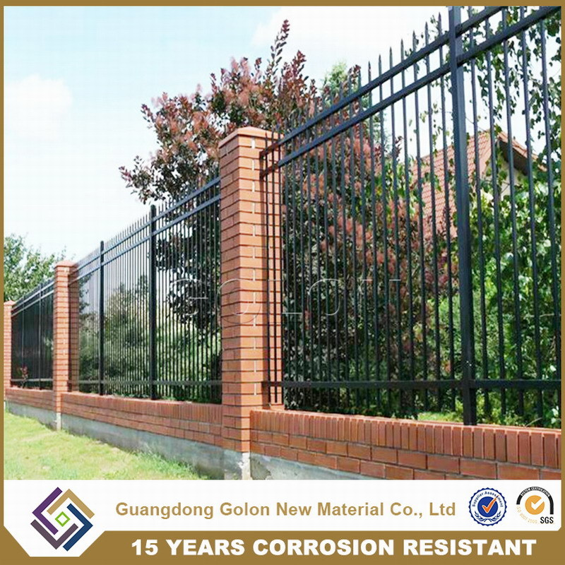 China Easy Embled Galvanized Steel Garden Fence Zoo