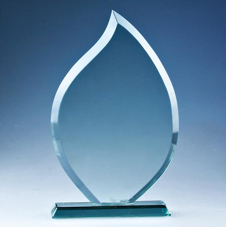[Hot Item] Cheap Blank Flame Crystal Glass Trophy Plaque for Promotion