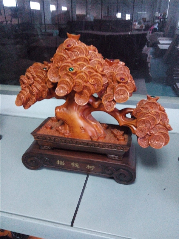Customized Resin Tree Shape Craft with Wooden Color
