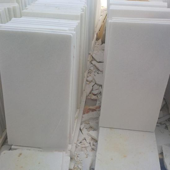 China Vietnam Crystal White Marble Slabs Tiles - China Flooring Tile ...