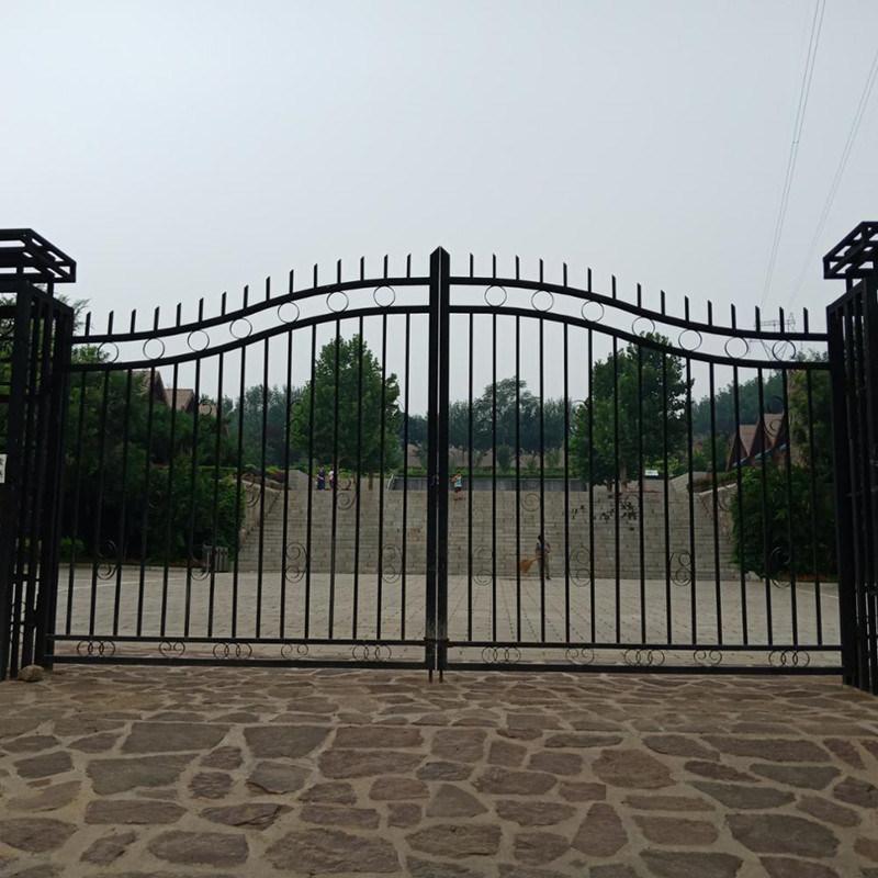 China Cheap Modern House Wrought Iron Main Gates Designs ...