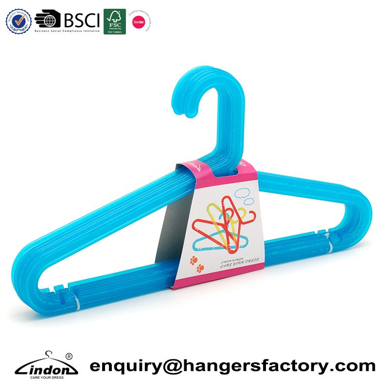China Manufacturer Wholesale Adult Plastic Suit Hangers for Clothes ...