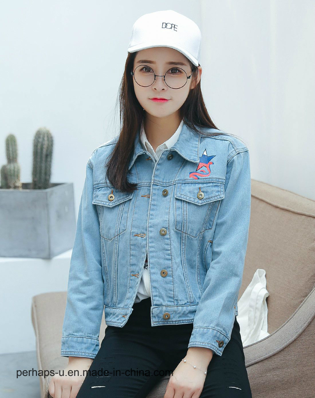 0ad14c2021b5 China OEM Lady Light Blue Denim Jacket with Embroidered - China Women  Clothing