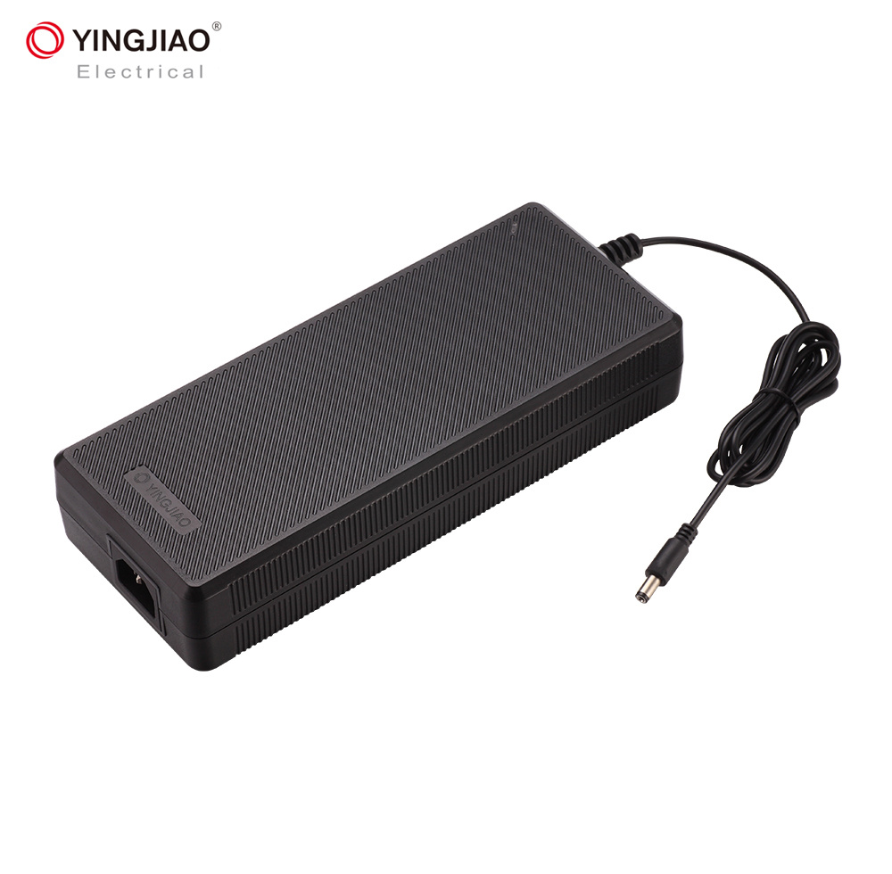 Yingjiao Hot Selling Make Car Lithium Ion Battery Charger pictures & photos