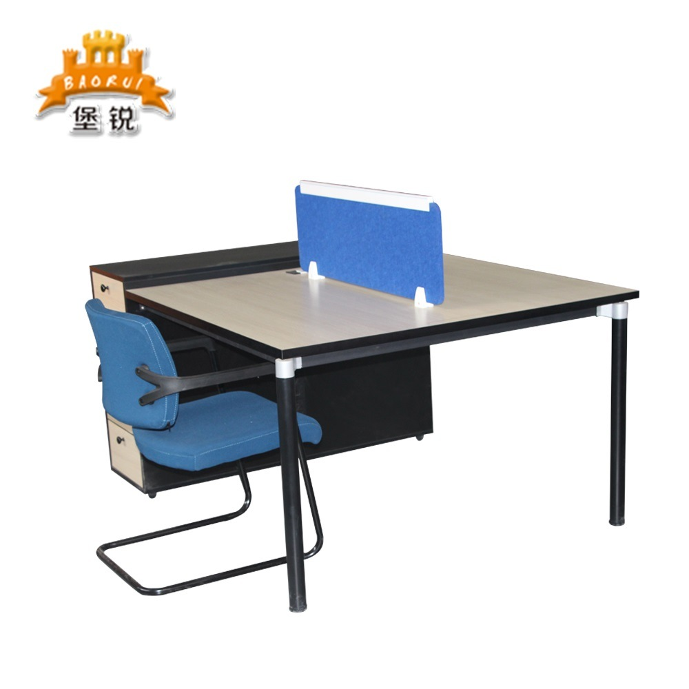 China Simple Design Two Person Office Workstation Desks Photos Pictures Made In China Com
