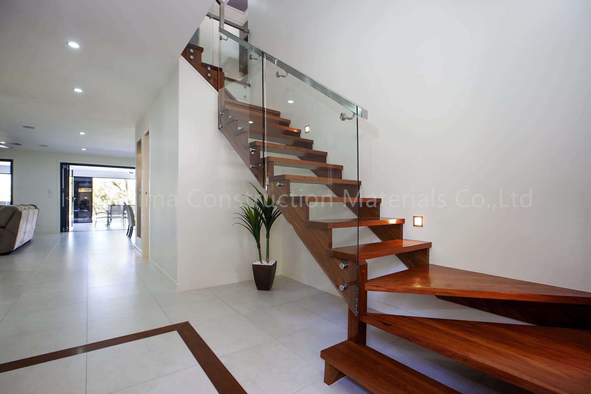 China High Quality Glass Railing System for Deck and Stair