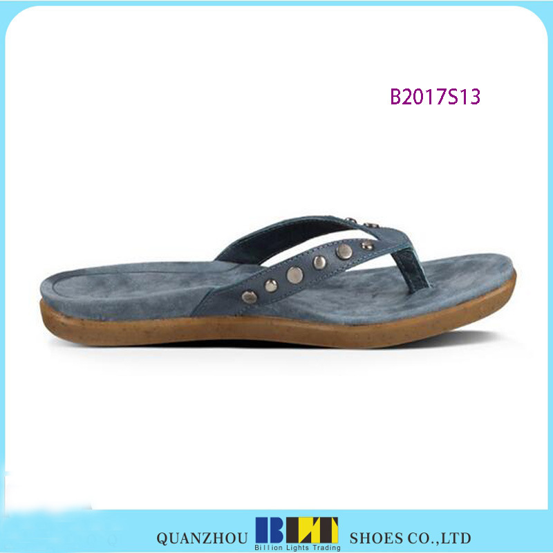 High Quality Flip Flops with Diamond Upper pictures & photos