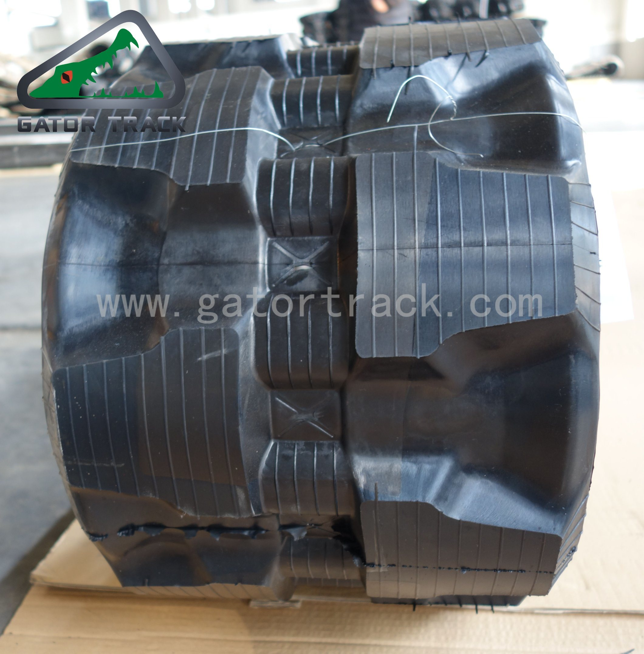 T320 X 86k Skid Steer Loader Track Rubber Tracks pictures & photos