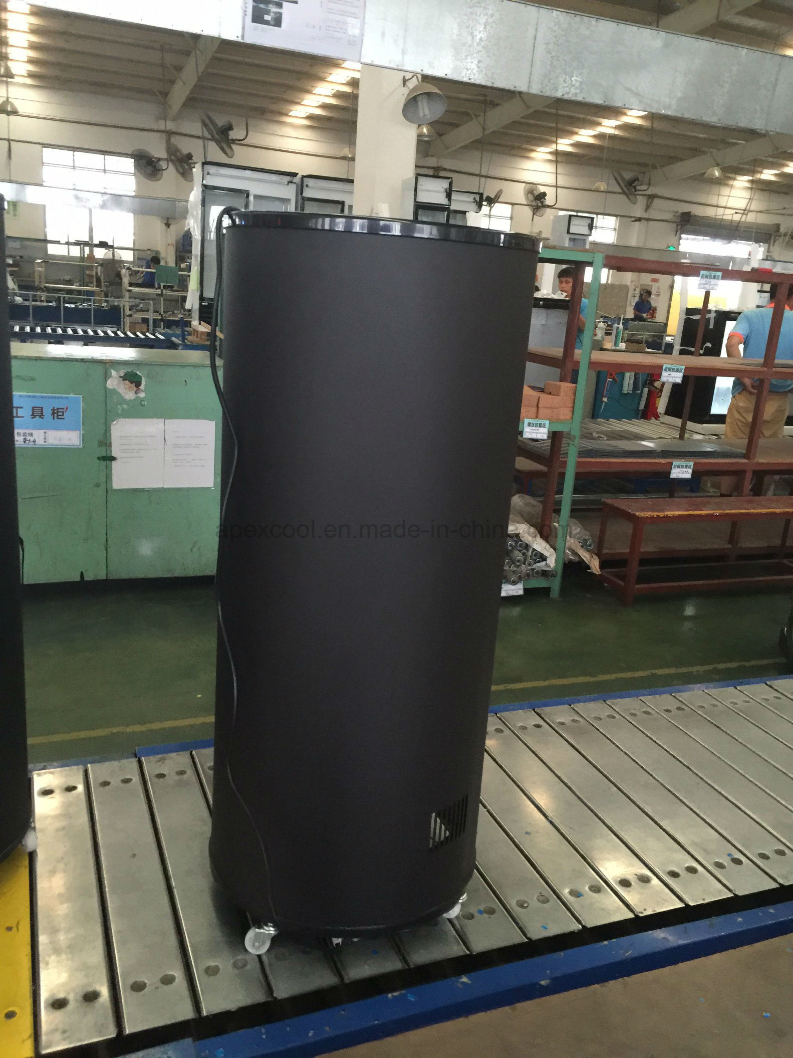 Can Shape Cooler Round Beverage Energy Drink Barrel