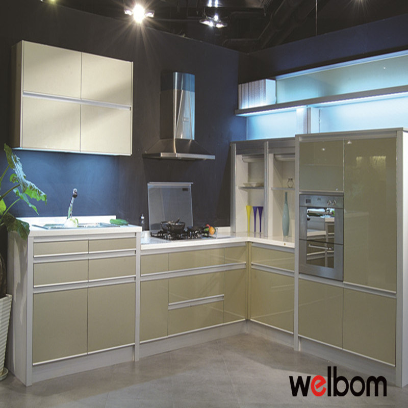 High Gloss Paint For Kitchen Cabinets gloss or matt kitchen cabinets   bar cabinet