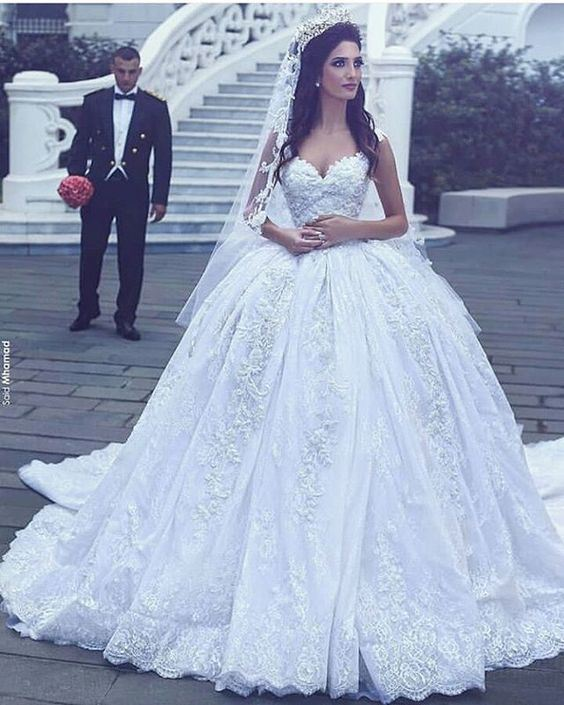 China 2018 Lace Bridal Dress Arabic Luxury Wedding Ball Gown We16