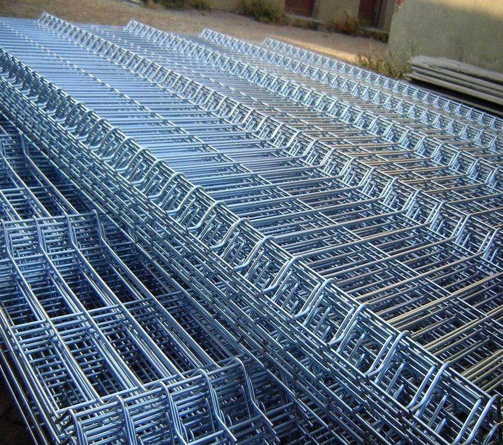 China Galvanized Welded Wire Mesh Panel for Rabbit Cages - China ...