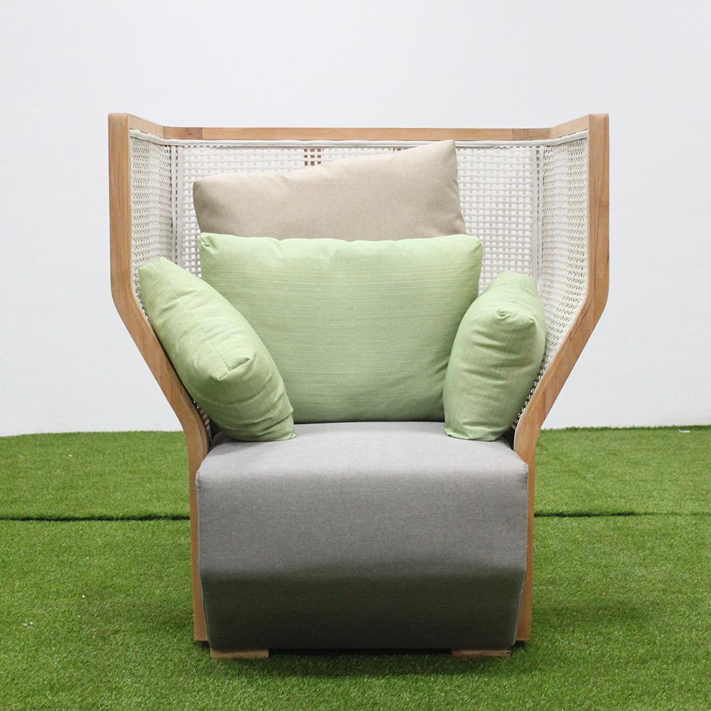 China Stylish Hotel Outdoor Furniture Oak Wood Garden Sofa Photos