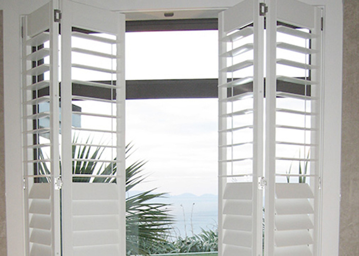 China Decorative Pvc Bi Fold Plantation Shutters Wppws Series